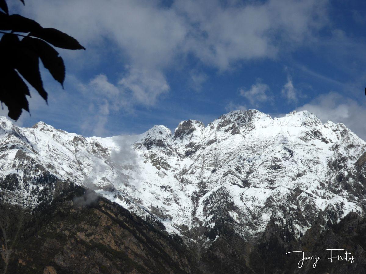 P1350125 - La nieve se fundirá pero Cerler tiene estas vistas.