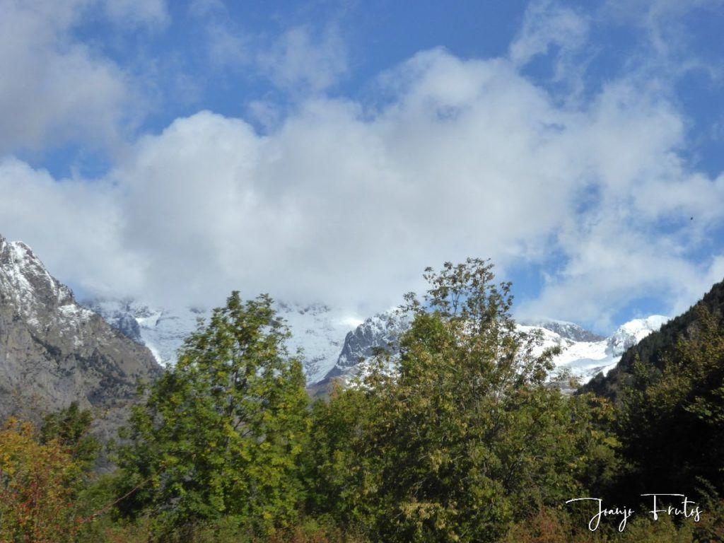 P1350126 1024x768 - La nieve se fundirá pero Cerler tiene estas vistas.