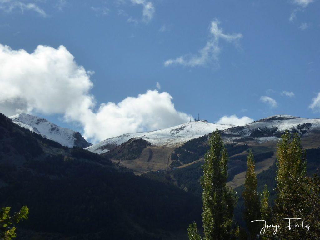P1350133 1024x768 - La nieve se fundirá pero Cerler tiene estas vistas.