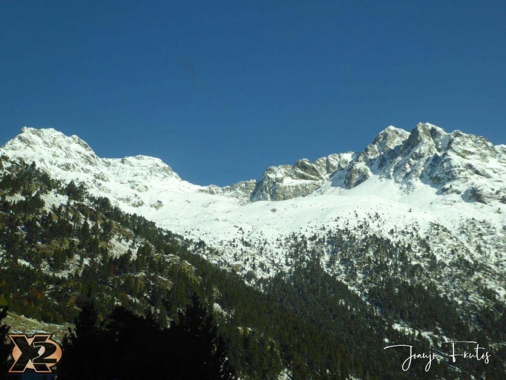 P1350335 1024x768 - La Besurta nevada en octubre.