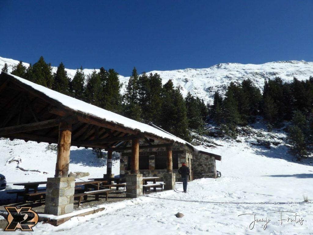 P1350340 1024x768 - La Besurta nevada en octubre.