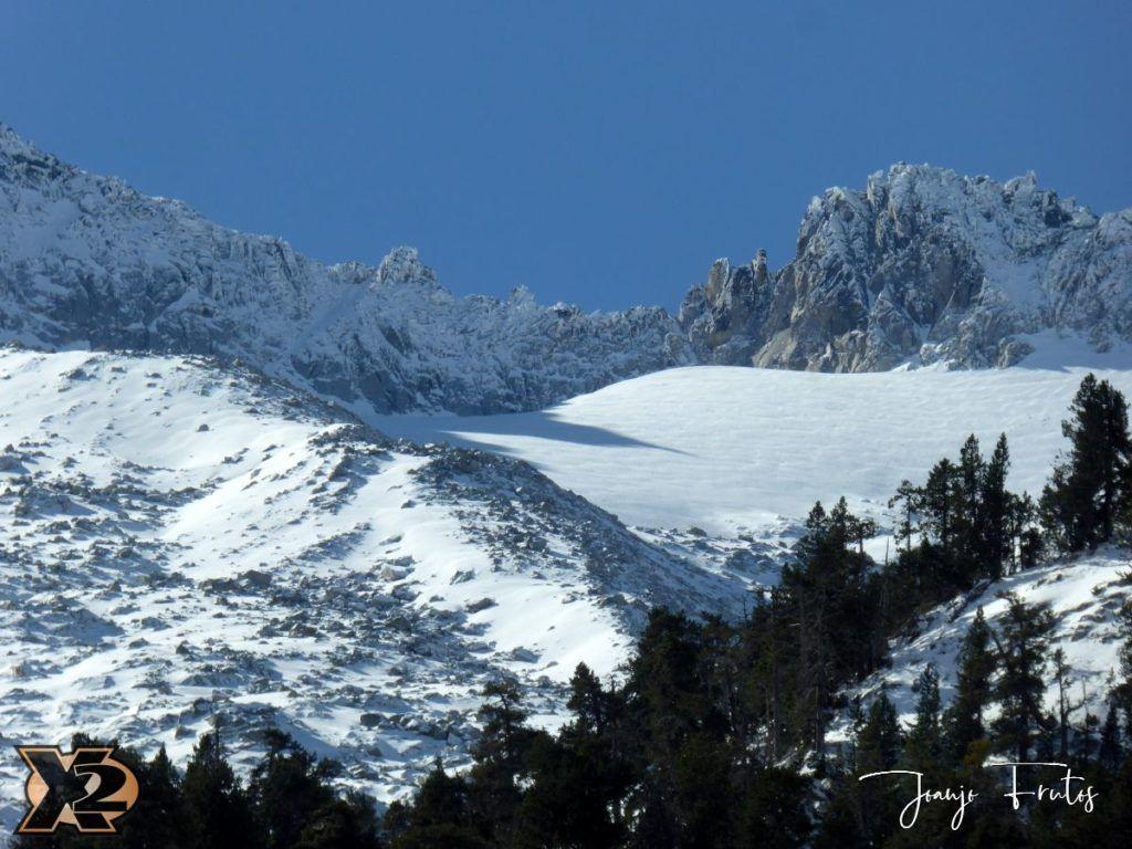 P1350345 1024x768 - La Besurta nevada en octubre.