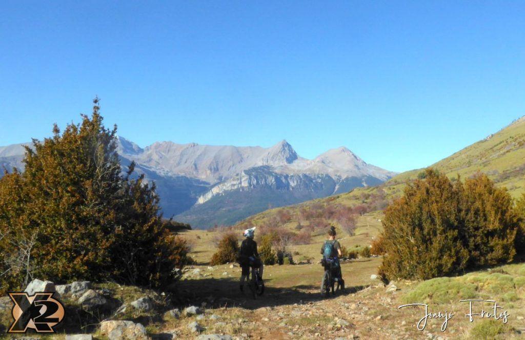 P1360176 1024x663 - Niara sendero del Valle de Benasque