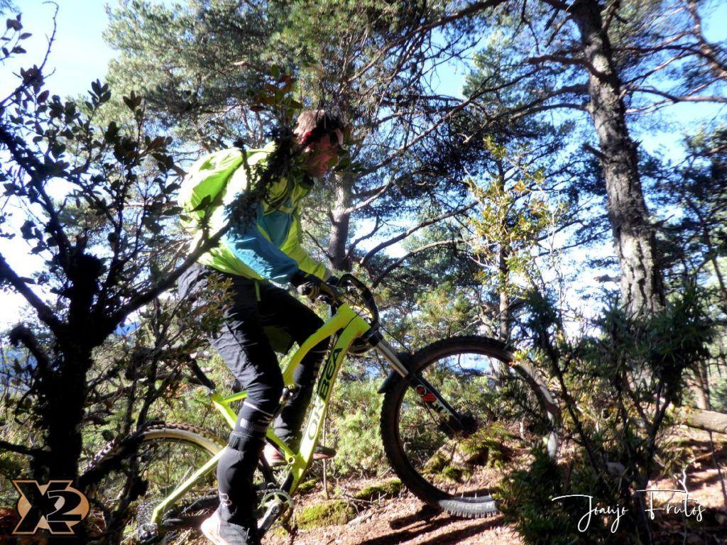 P1360216 1024x768 - Endureando senderos del Pirineo.