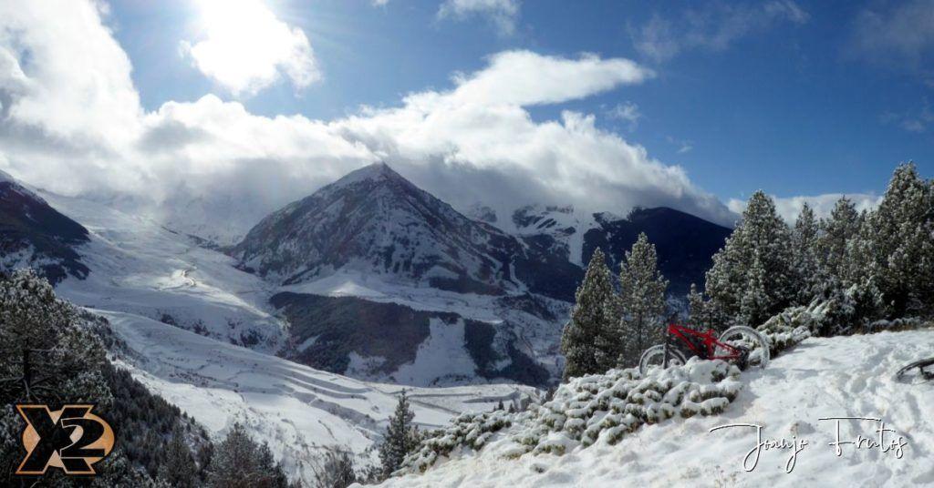 Panorama 2 1024x536 - Bike&Snow senderos de Cerler