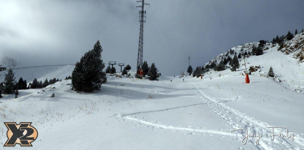 Panorama 2 2 1024x508 - Bosques en medio de Cerler.