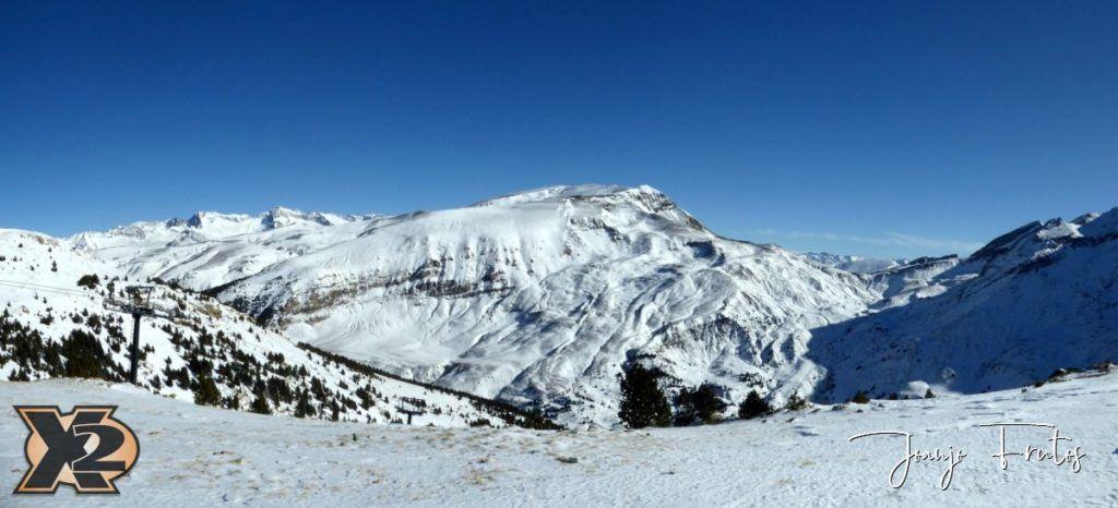 Panorama 2 1024x466 - Powder Olla de Cerler