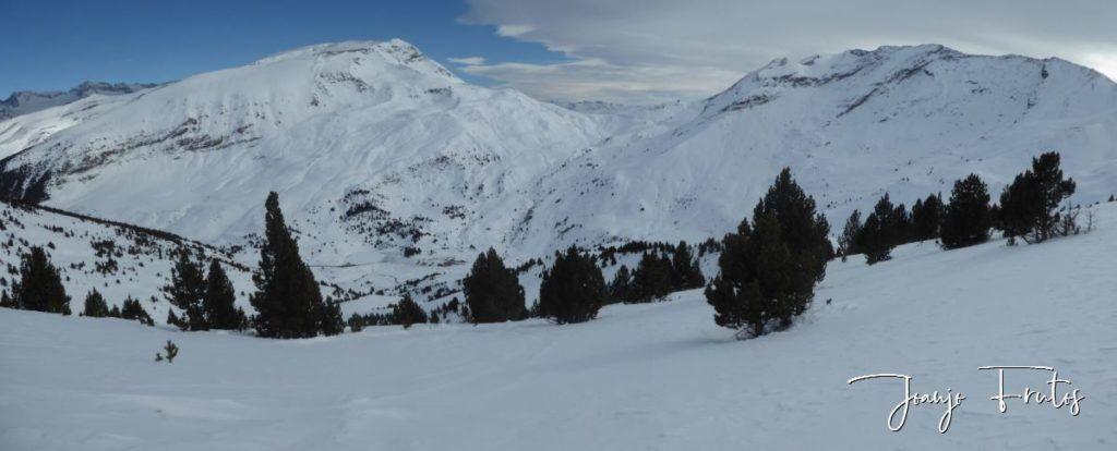 Panorama 5 1 1024x414 - Skimo jornada completa en Cerler