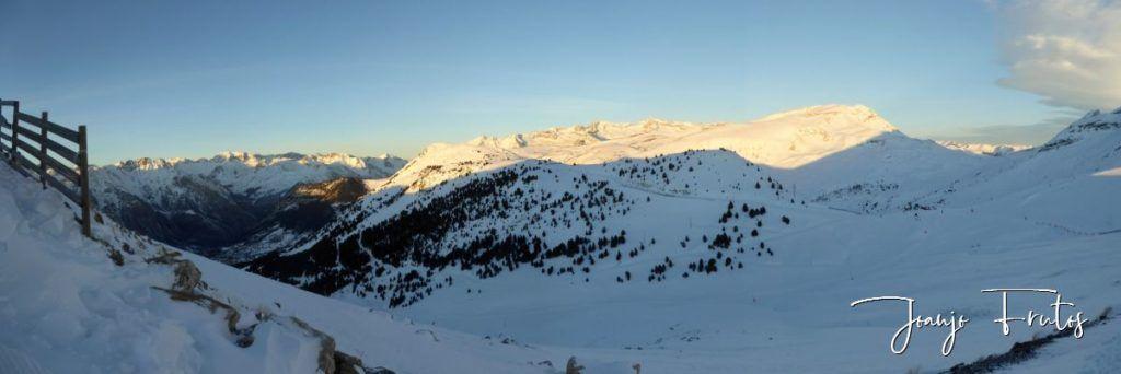 Panorama 9 1024x342 - Skimo jornada completa en Cerler