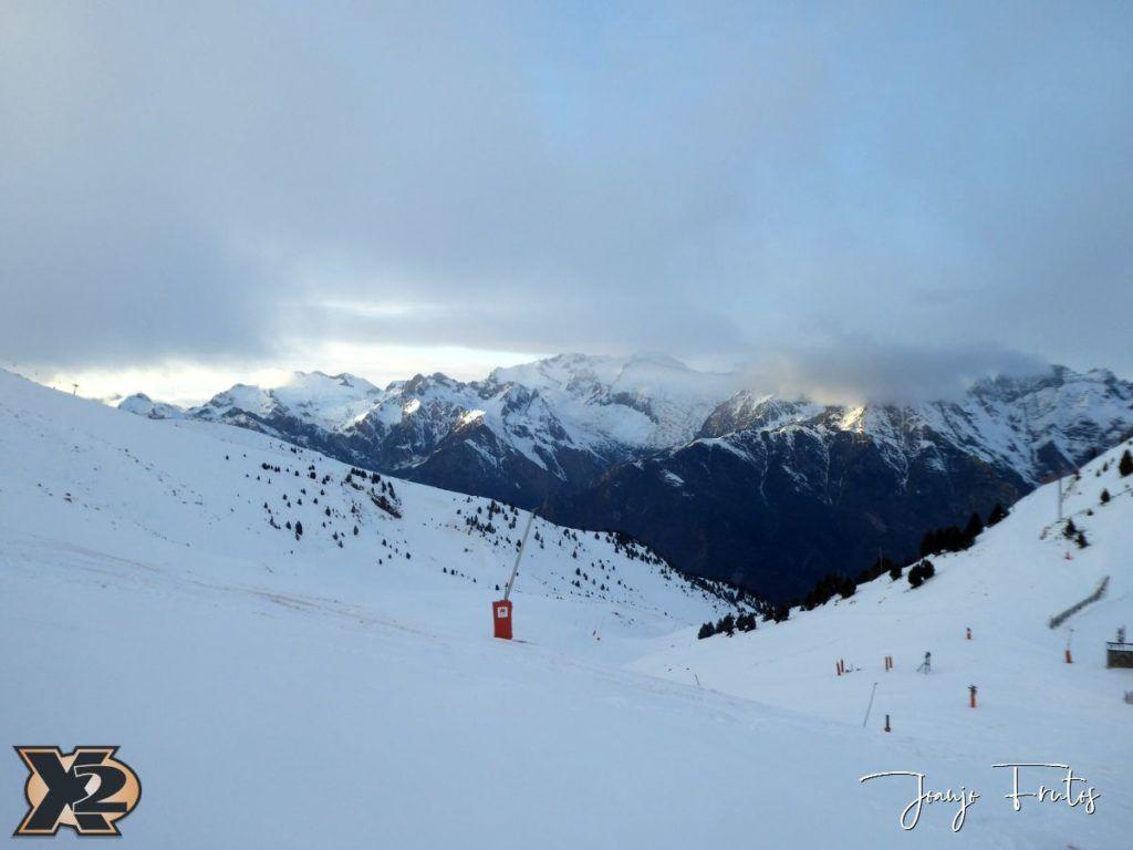 P1370580 1024x768 - Por la tarde más nieve en Cerler.