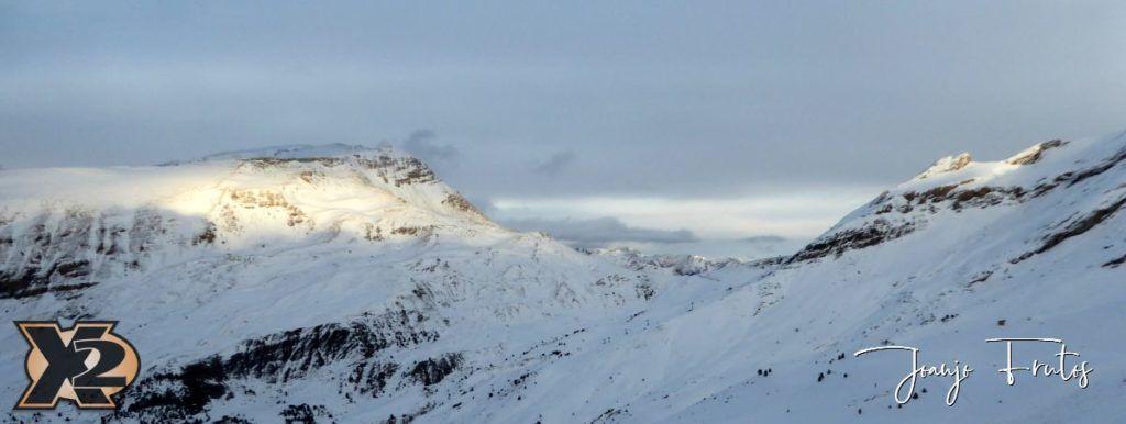 P1370583 1024x386 - Por la tarde más nieve en Cerler.