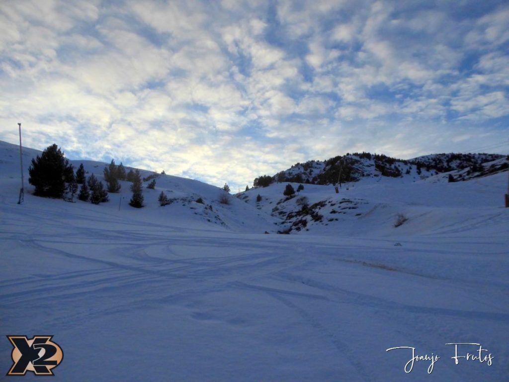 P1370598 1024x768 - Por la tarde más nieve en Cerler.