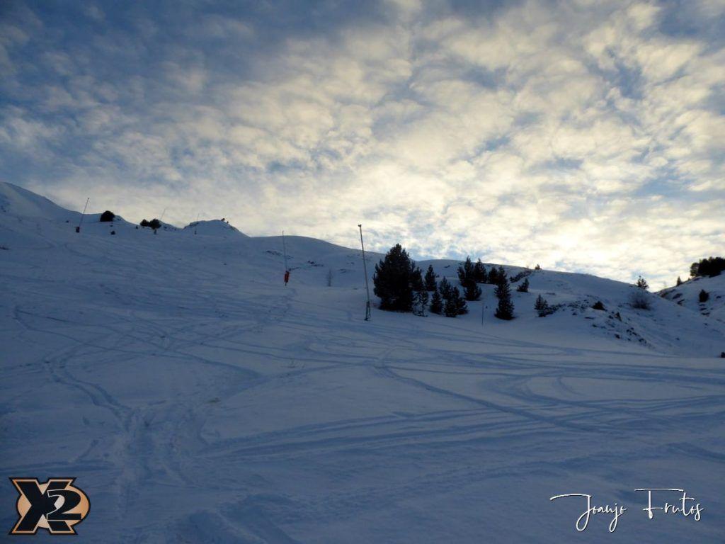 P1370601 1024x768 - Por la tarde más nieve en Cerler.
