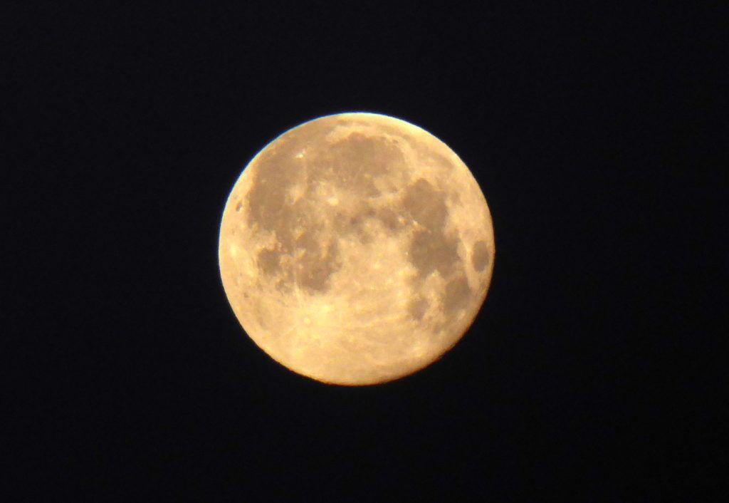 P1380054 1024x706 - Amanecer de Luna llena
