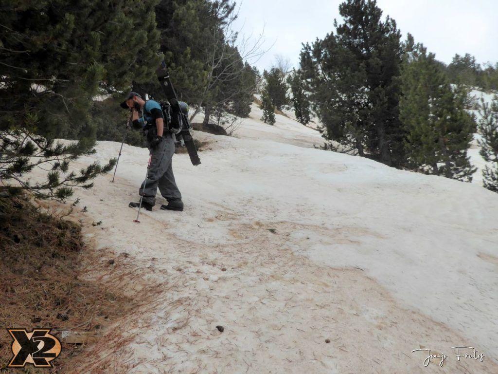 P1380279 1024x768 - Tocaba esquiar en Ardonés