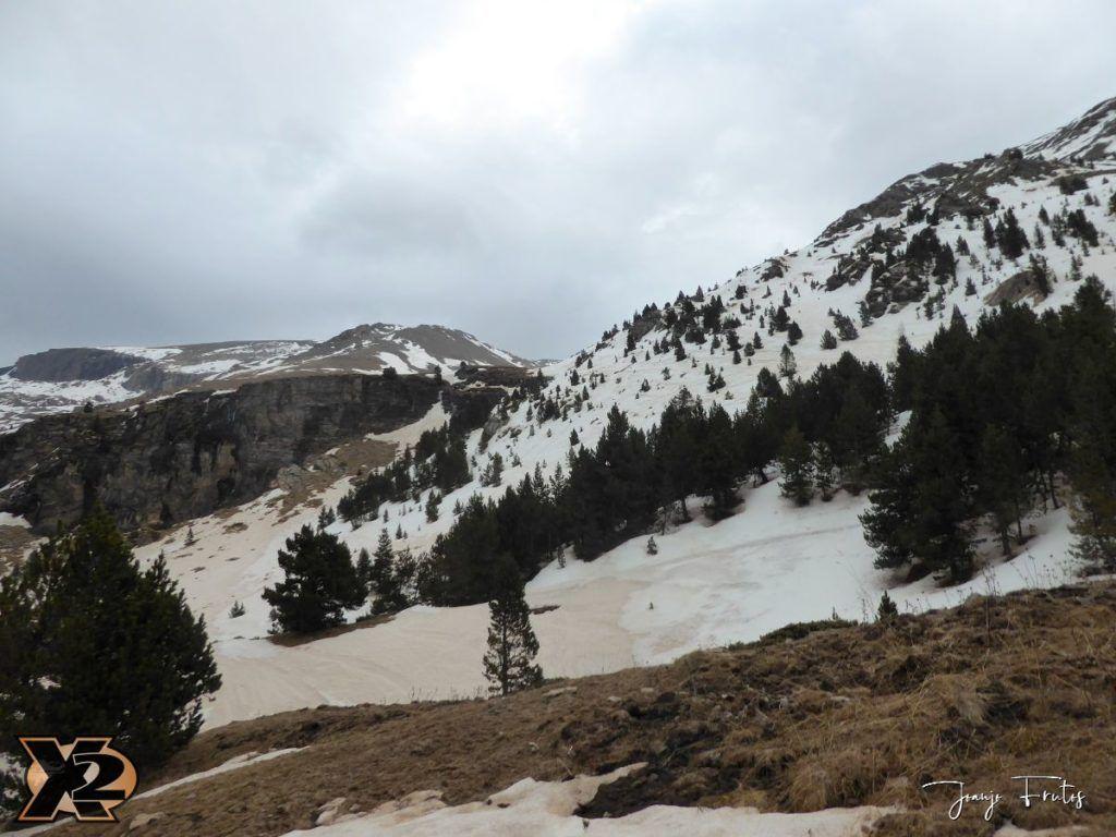 P1380282 1024x768 - Tocaba esquiar en Ardonés