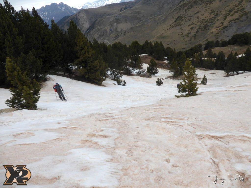 P1380283 1024x768 - Tocaba esquiar en Ardonés