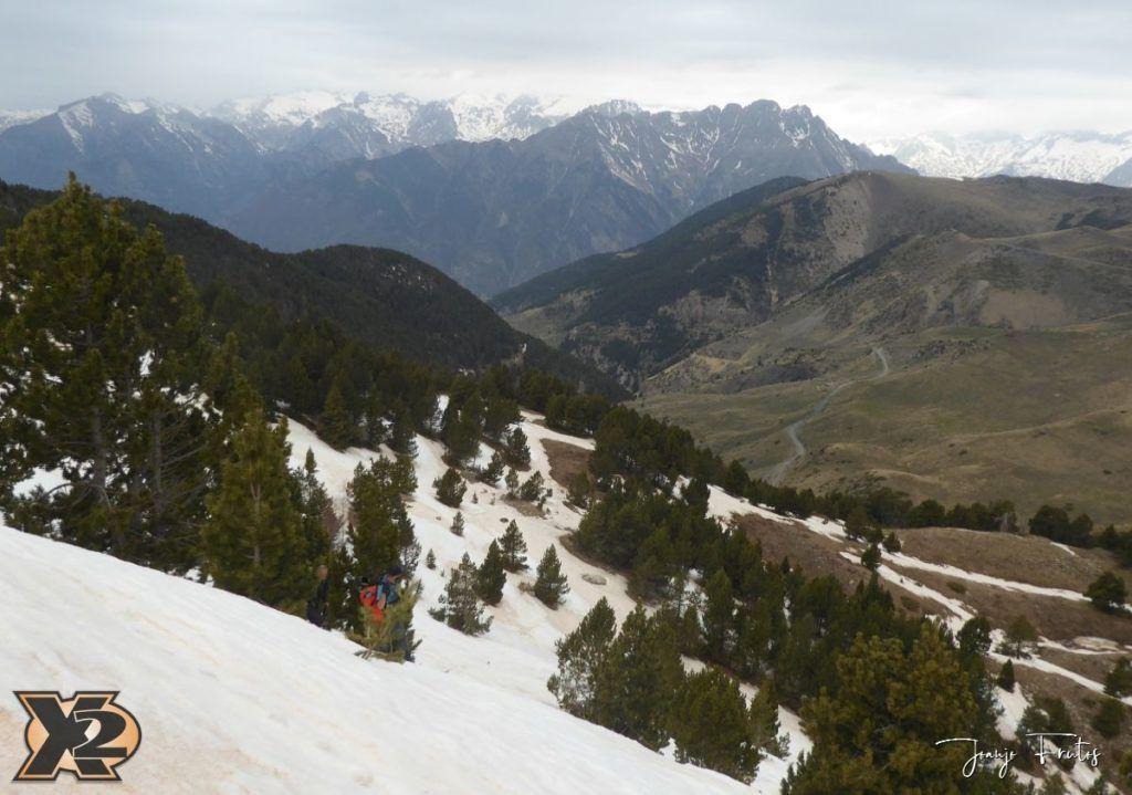 P1380286 1024x719 - Tocaba esquiar en Ardonés