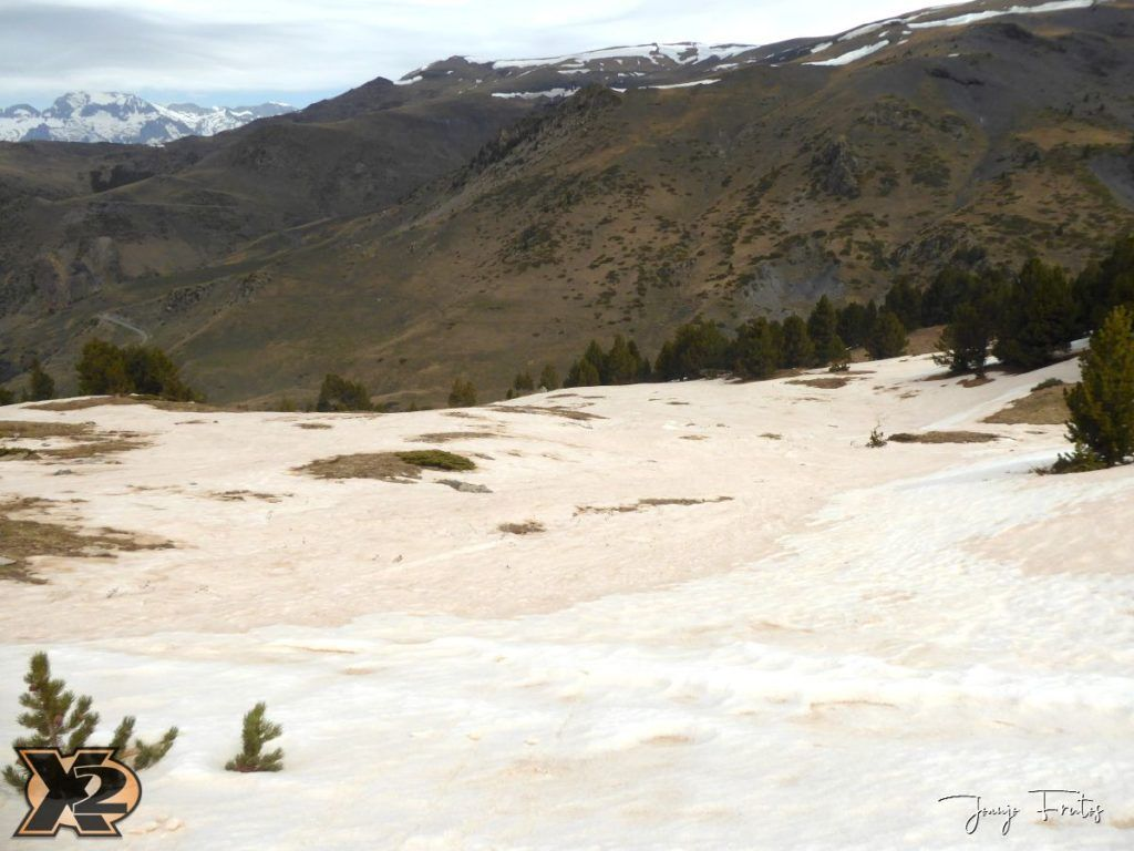 P1380309 1024x768 - Tocaba esquiar en Ardonés