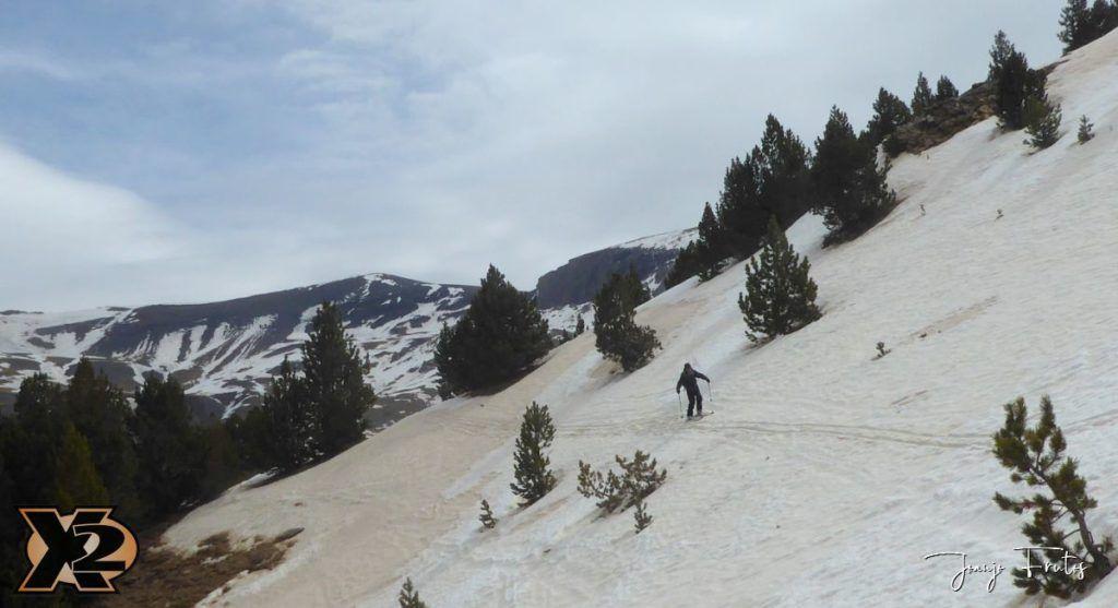 P1380319 1024x557 - Tocaba esquiar en Ardonés