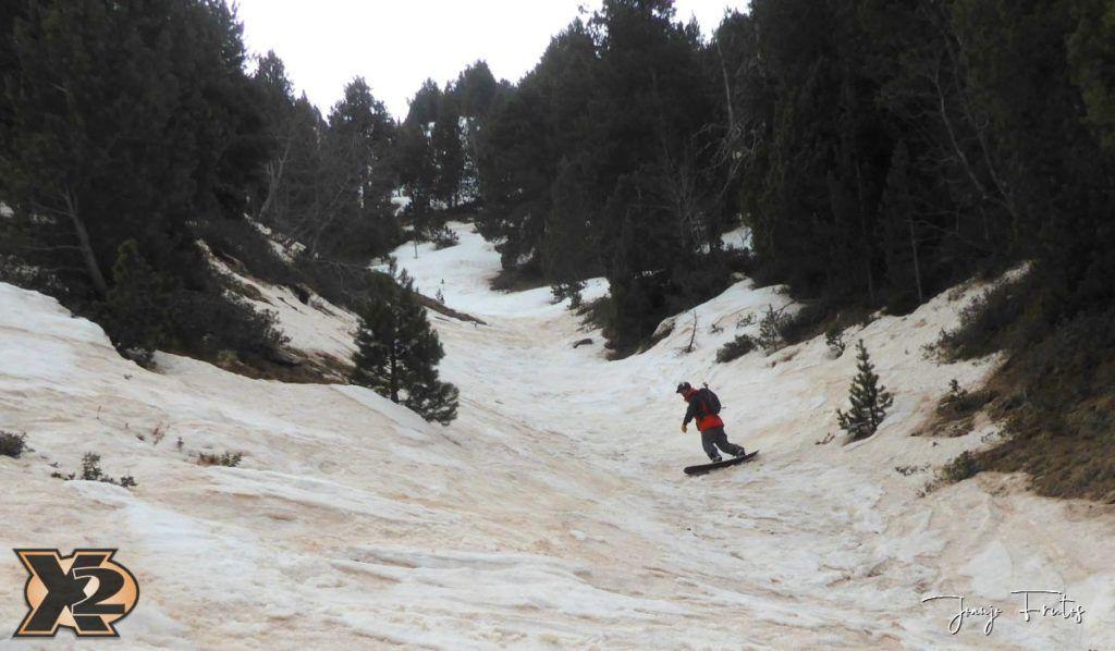 P1380333 1024x598 - Tocaba esquiar en Ardonés