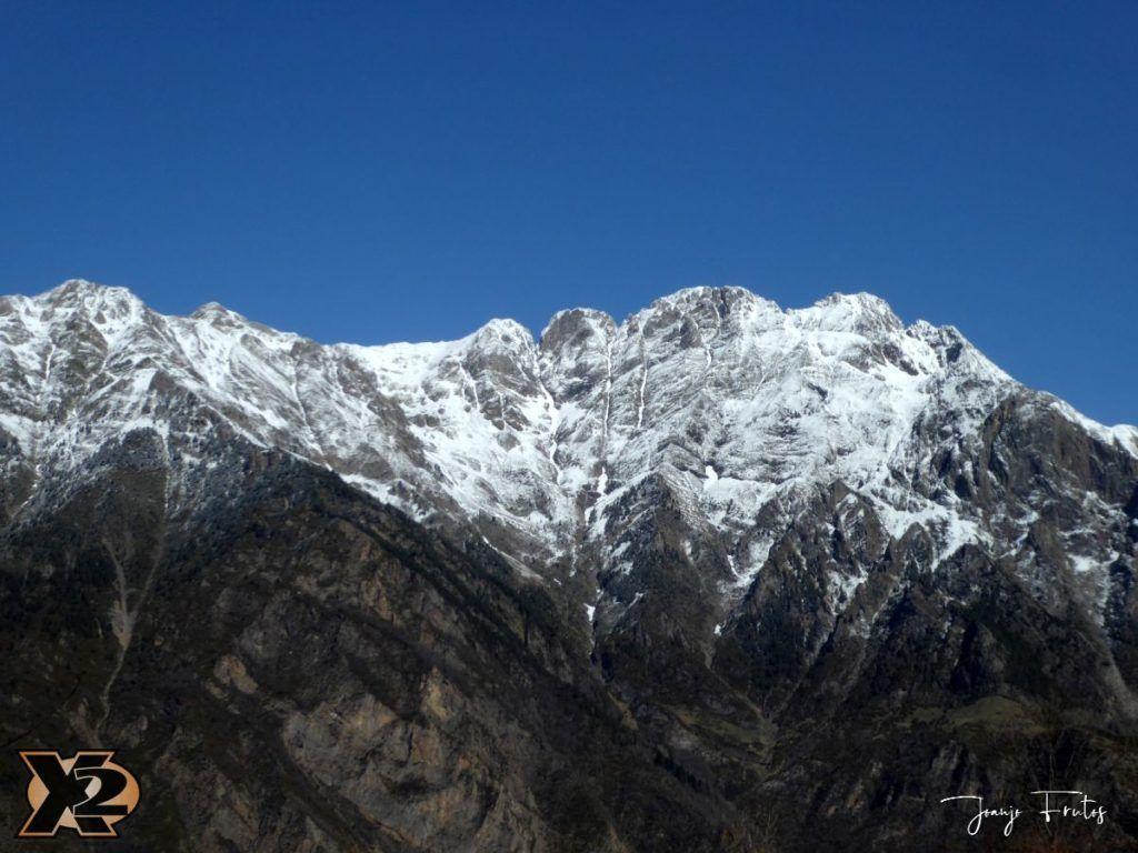 P1380417 1024x768 - Cimas Valle de Benasque nevadas.