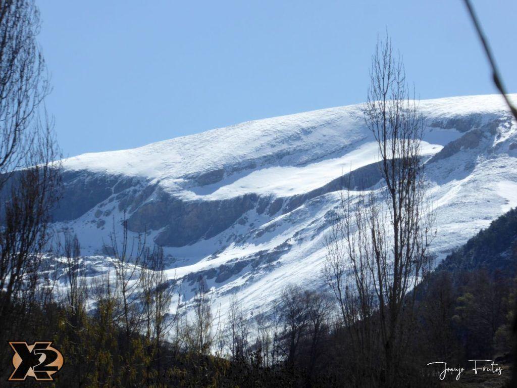 P1380424 1024x768 - Cimas Valle de Benasque nevadas.