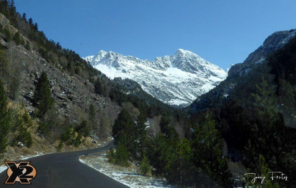 P1380429 1024x652 - Cimas Valle de Benasque nevadas.