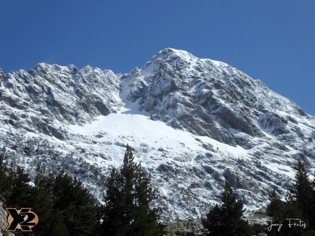 P1380435 1024x768 - Cimas Valle de Benasque nevadas.
