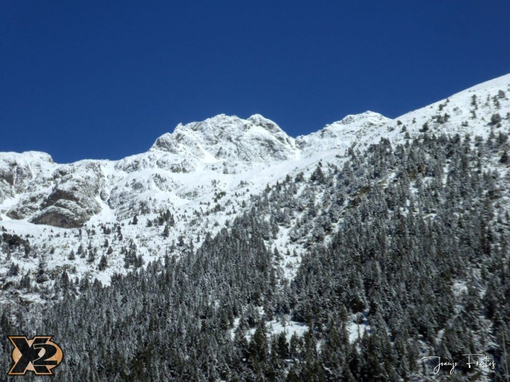 P1380436 1024x768 - Cimas Valle de Benasque nevadas.