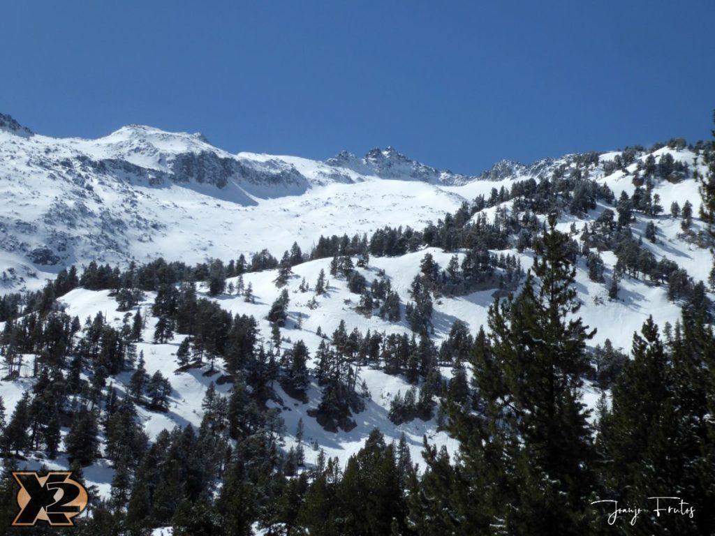 P1380451 1024x768 - Cimas Valle de Benasque nevadas.