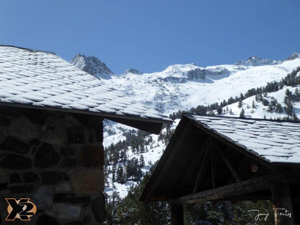 P1380481 1024x768 - Cimas Valle de Benasque nevadas.