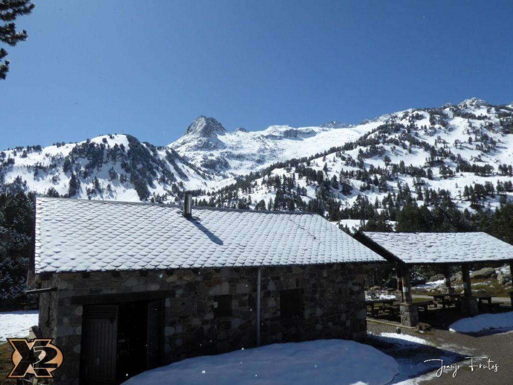 P1380482 1024x768 - Cimas Valle de Benasque nevadas.