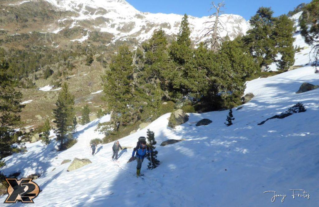 P1380500 1024x664 - Maladeta con nieve polvo.