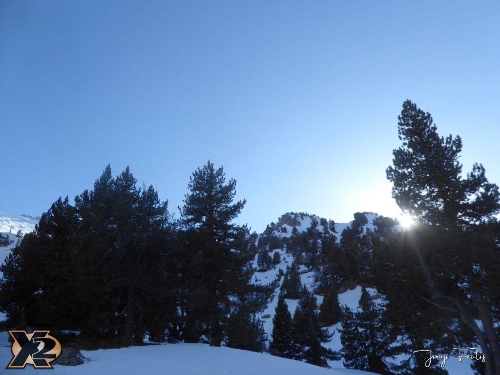 P1380504 1024x768 - Maladeta con nieve polvo.