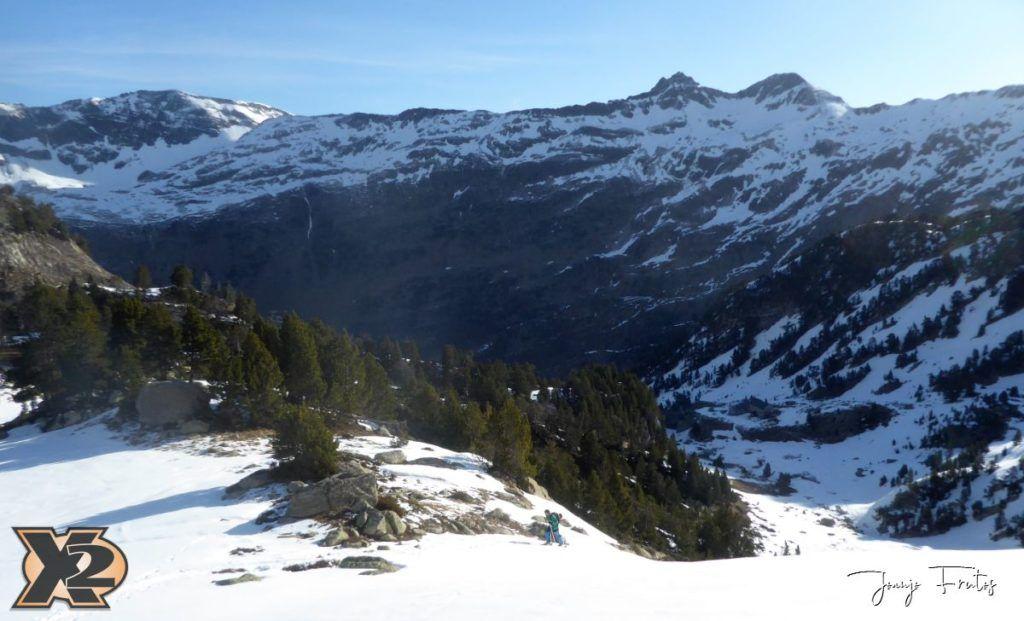 P1380525 1024x621 - Maladeta con nieve polvo.