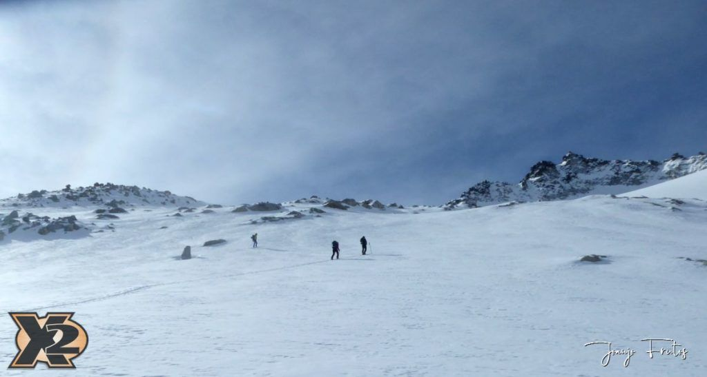 P1380547 1024x547 - Maladeta con nieve polvo.