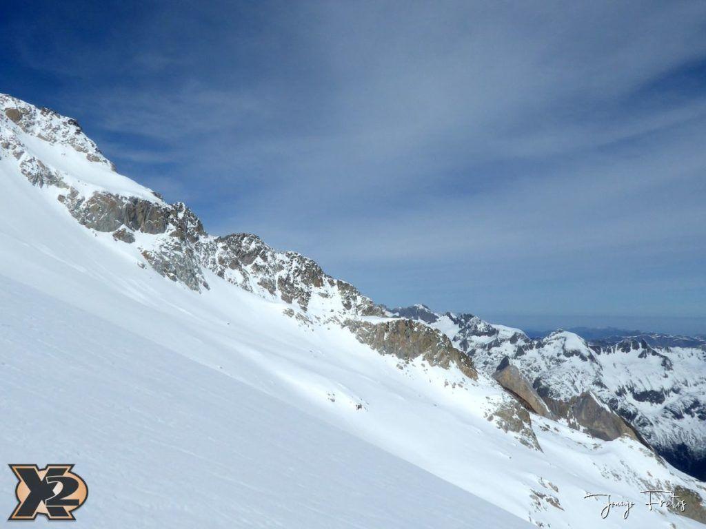 P1380562 1024x768 - Maladeta con nieve polvo.