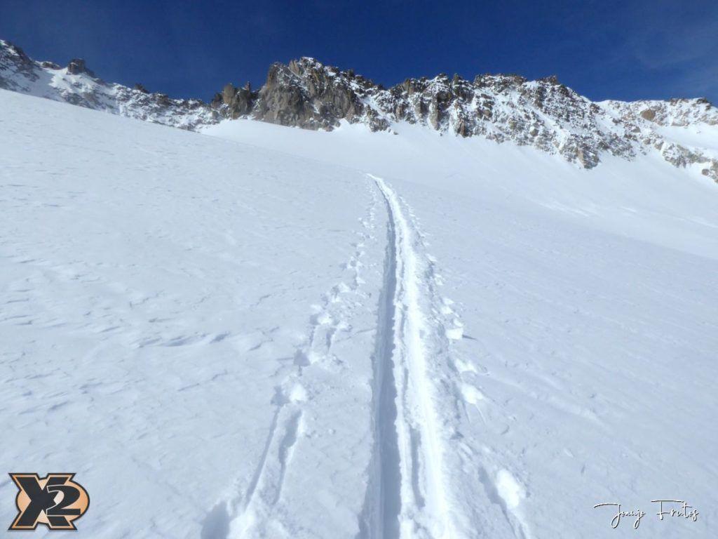 P1380563 1024x768 - Maladeta con nieve polvo.