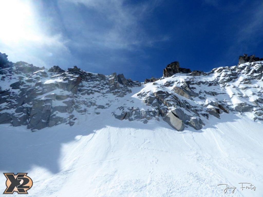 P1380566 1024x768 - Maladeta con nieve polvo.
