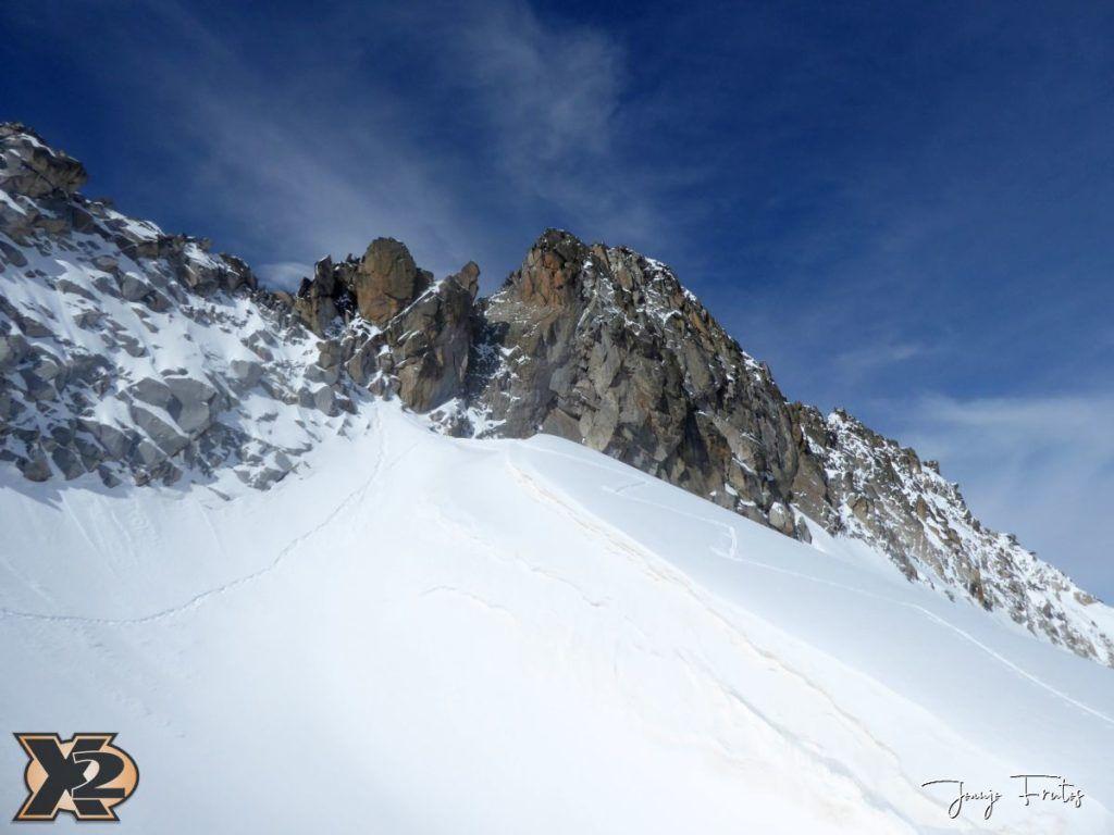 P1380568 1024x768 - Maladeta con nieve polvo.