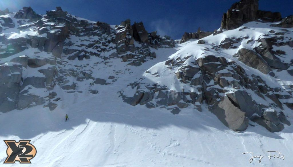 P1380584 1024x584 - Maladeta con nieve polvo.