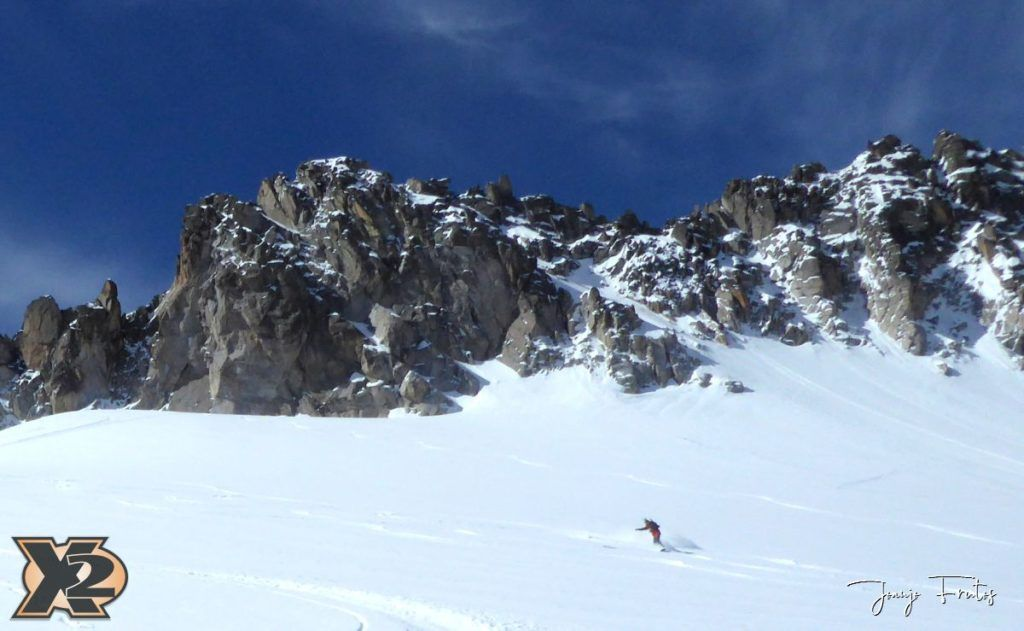 P1380600 1024x631 - Maladeta con nieve polvo.