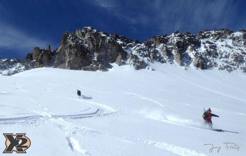P1380602 1024x649 - Maladeta con nieve polvo.