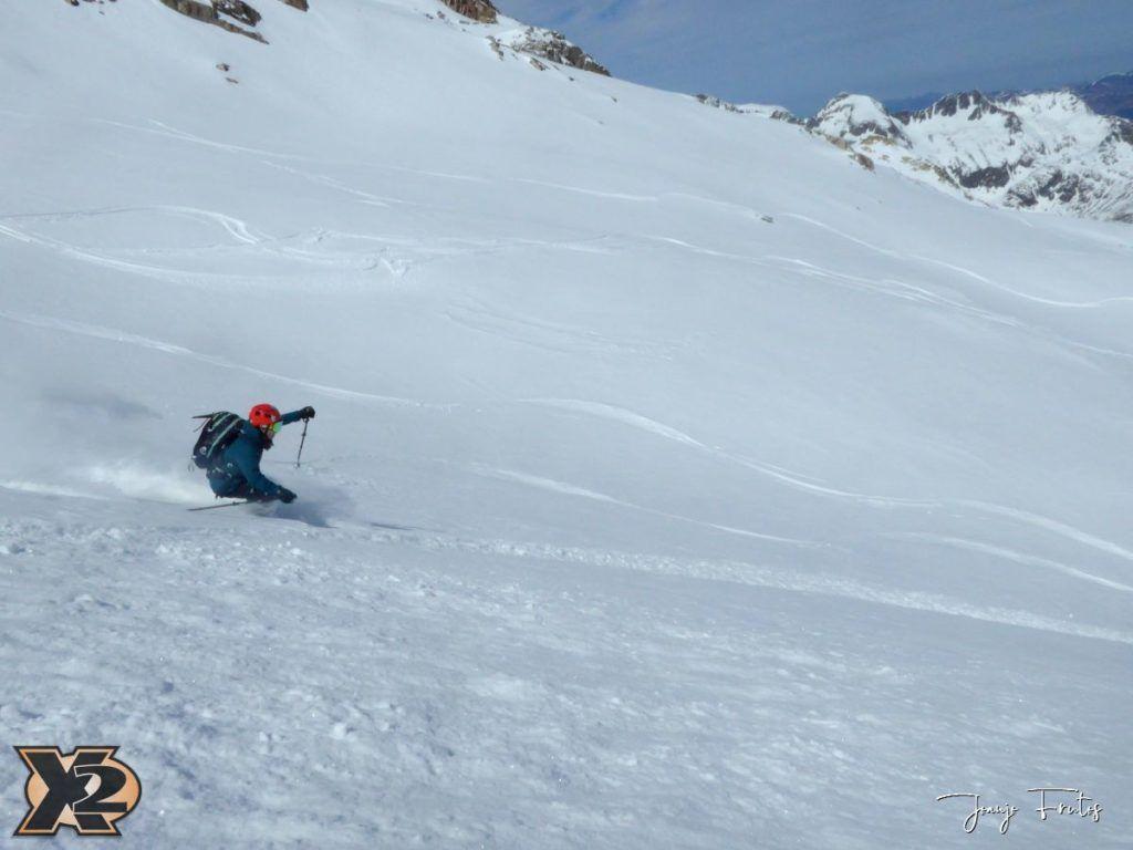 P1380612 1024x768 - Maladeta con nieve polvo.