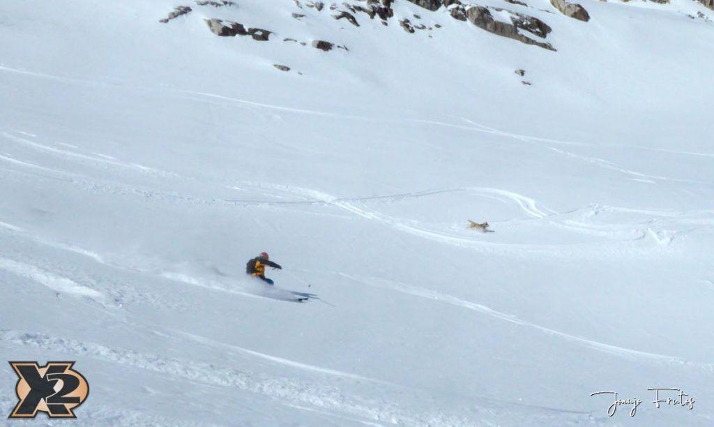 P1380617 1024x612 - Maladeta con nieve polvo.