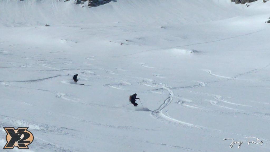 P1380622 1024x580 - Maladeta con nieve polvo.
