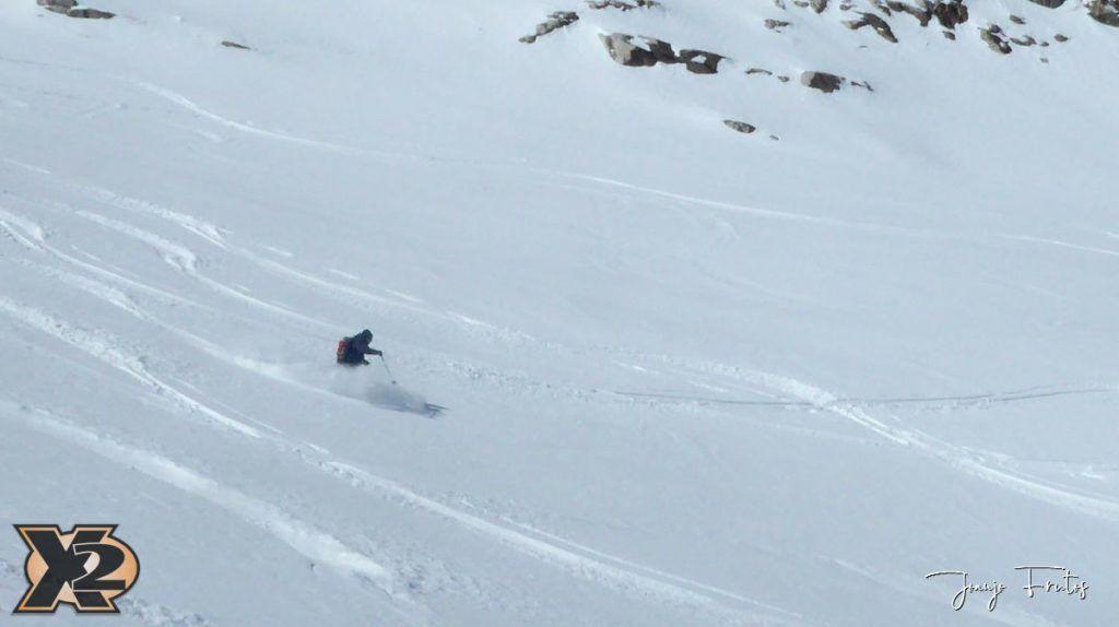 P1380625 1024x574 - Maladeta con nieve polvo.