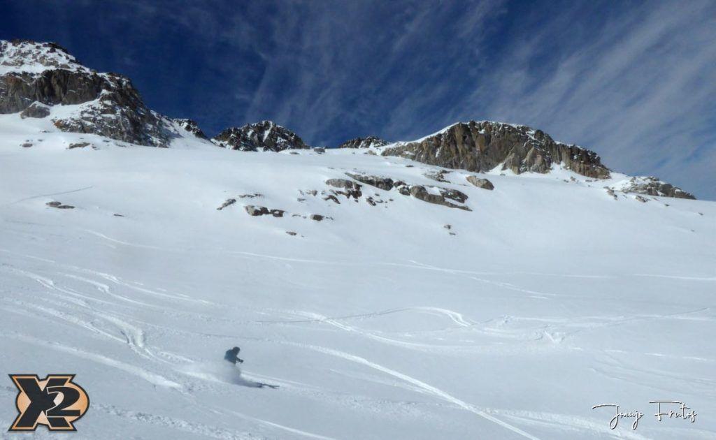 P1380630 1024x630 - Maladeta con nieve polvo.