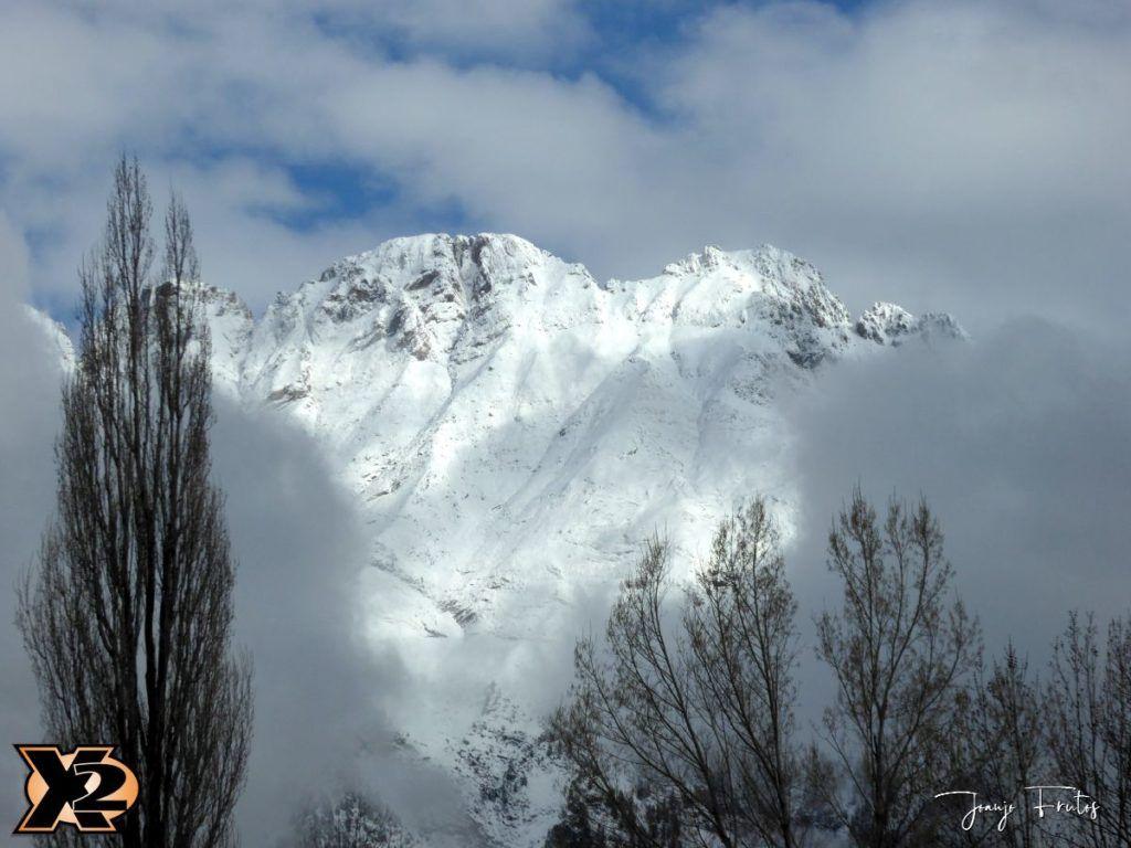 P1380677 1024x768 - En abril nieves mil